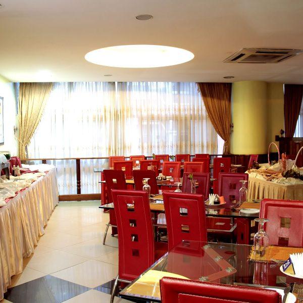 Tastes-Restaurant 1